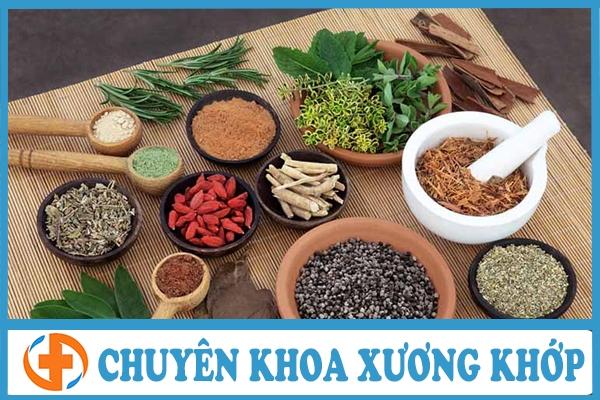 phuong phap chua gai cot song bang dong y rat hieu qua